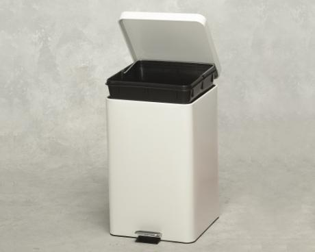 (TB-30-05-01) Square Trash Can